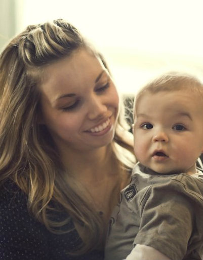 10 Things You Should Say To A New Mom Instead Of You Look Amazing
