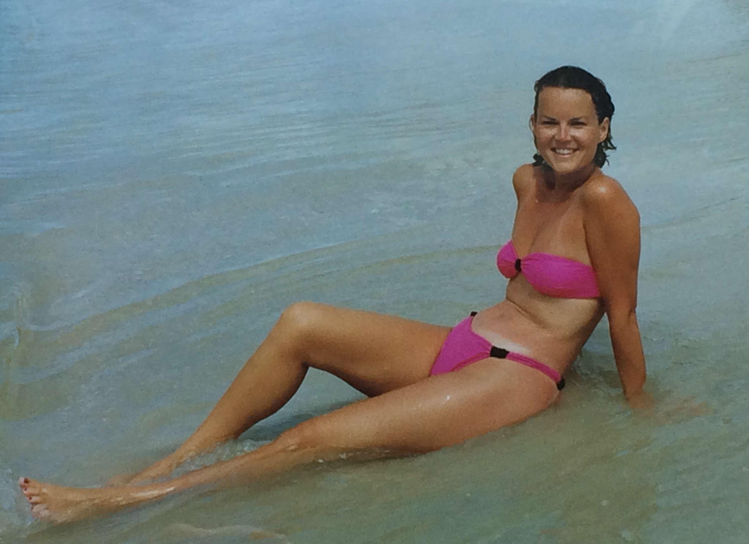 bikini mom that