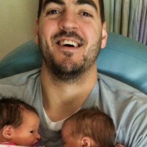 Dad and newborn twins
