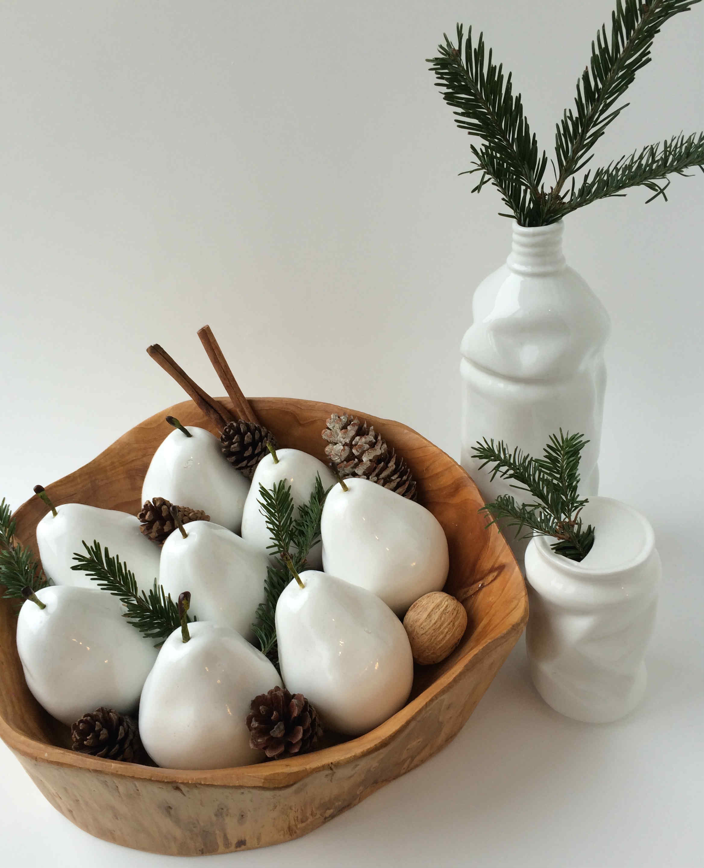 How To Dress Your All Season Modern Decorations For The Holidays ...