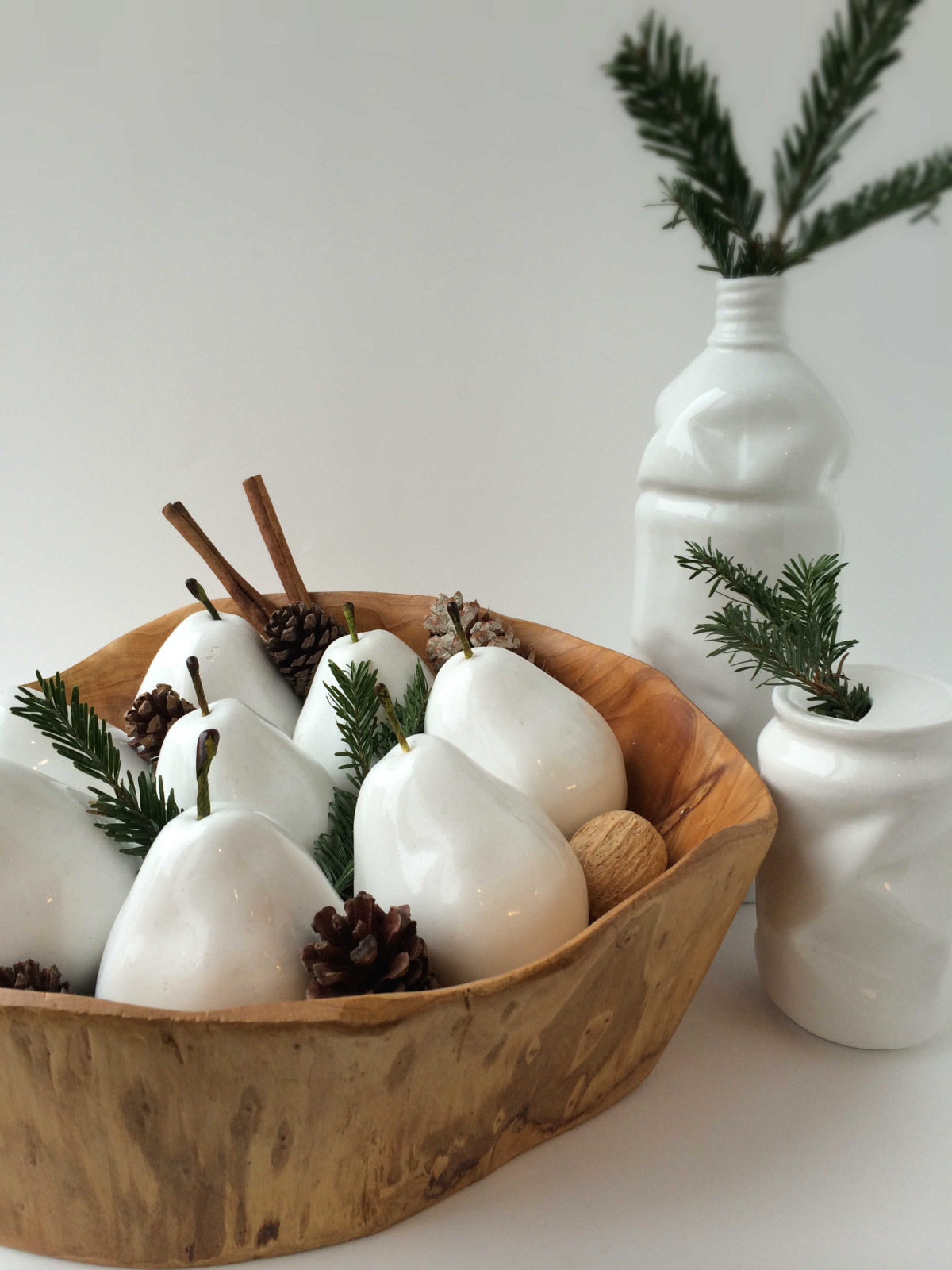 How To Dress Your All Season Modern Decorations For The Holidays