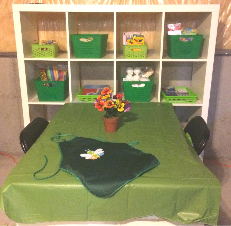 Kids' craft studio