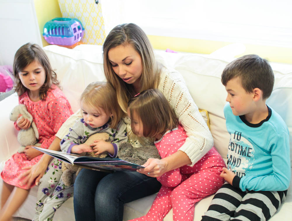 mom reading to children