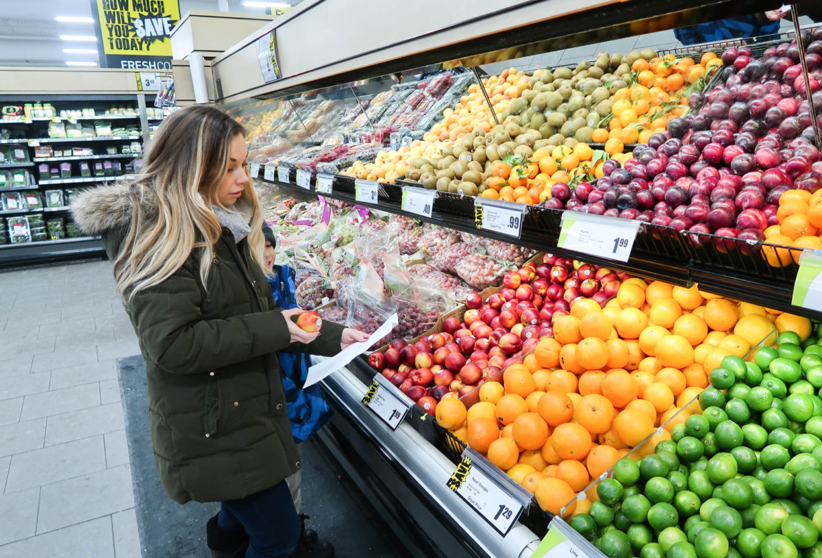 Grocery shopping for our family of six: fresh, tasty and budget friendly