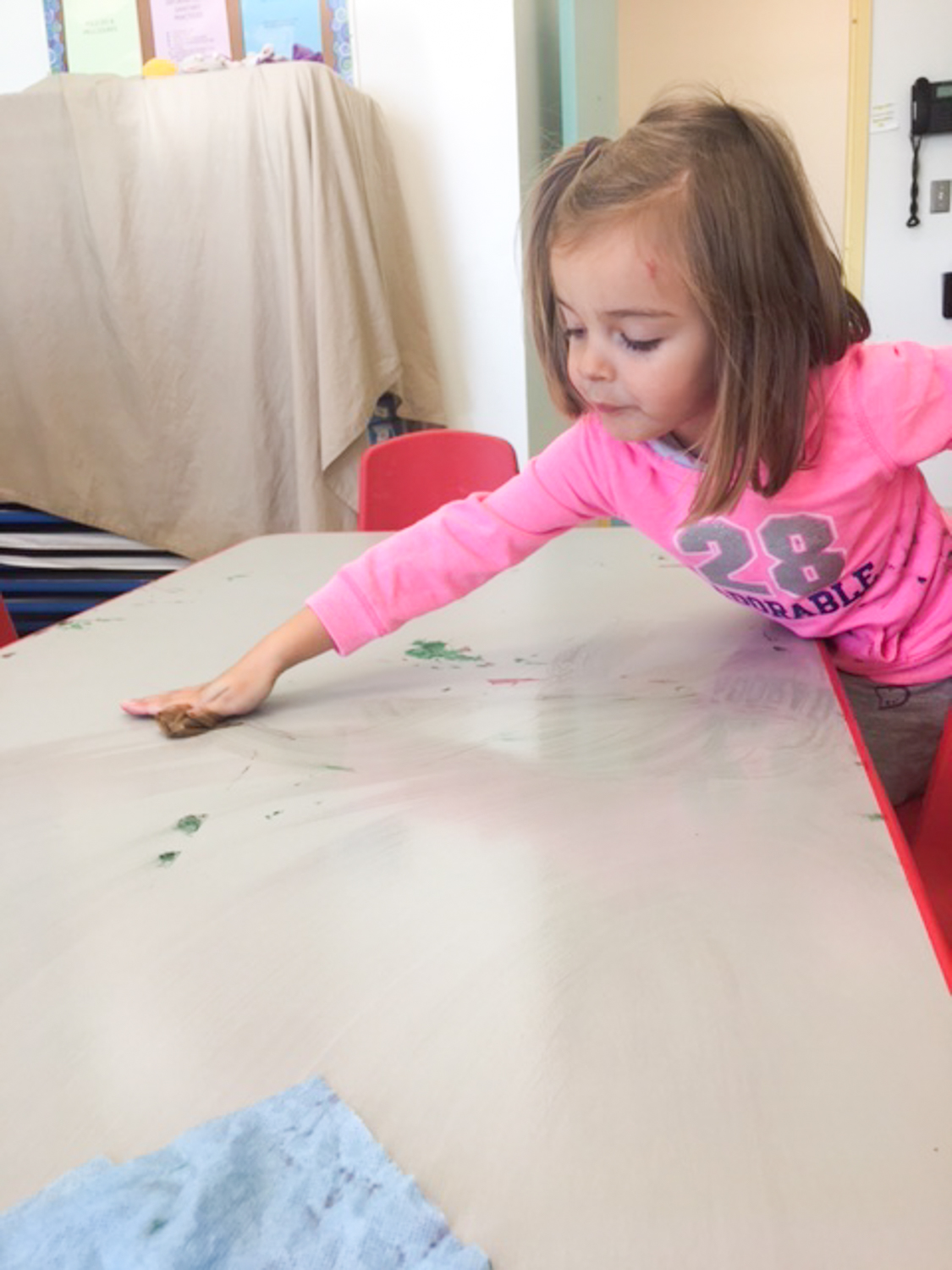 toddler cleaning table