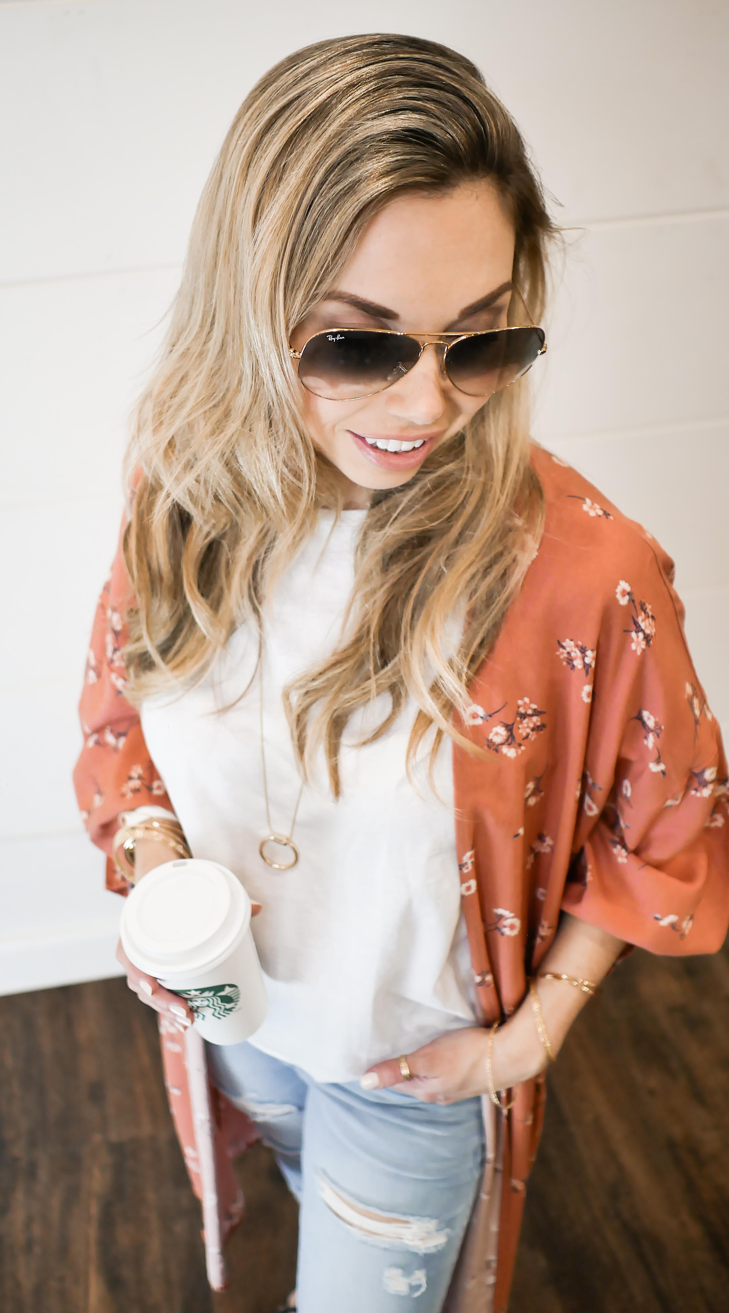 Spring 2018 style - kimono and basic white tee