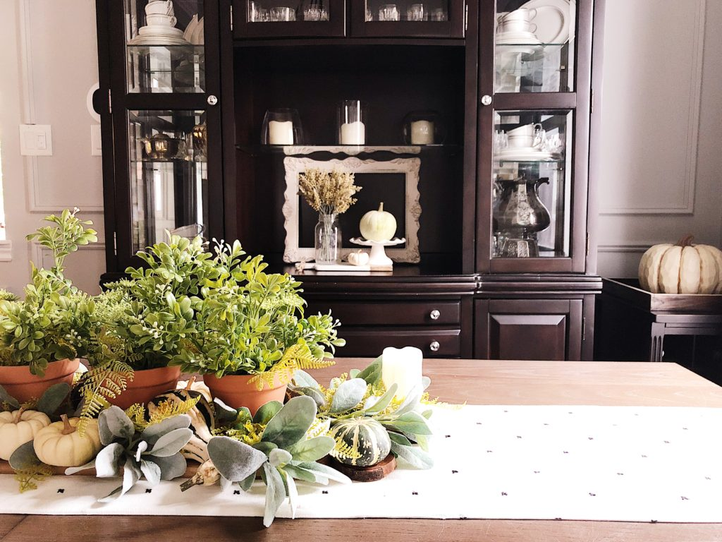 neutral fall centrepiece