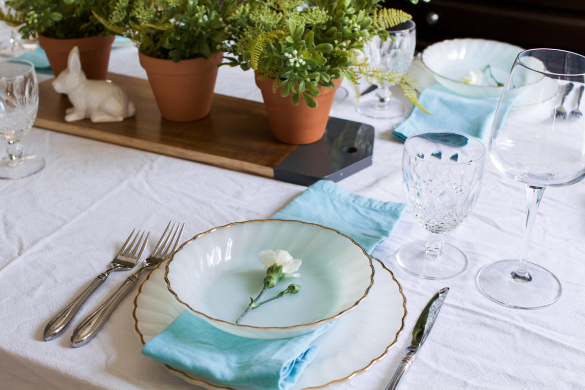 My Simple Heirloom Easter Table Setting