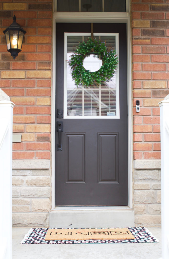 An inviting front door - Nesting Story